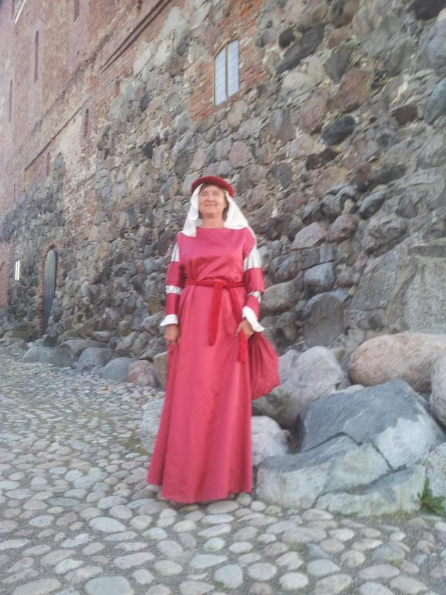 Annele vor Burg
